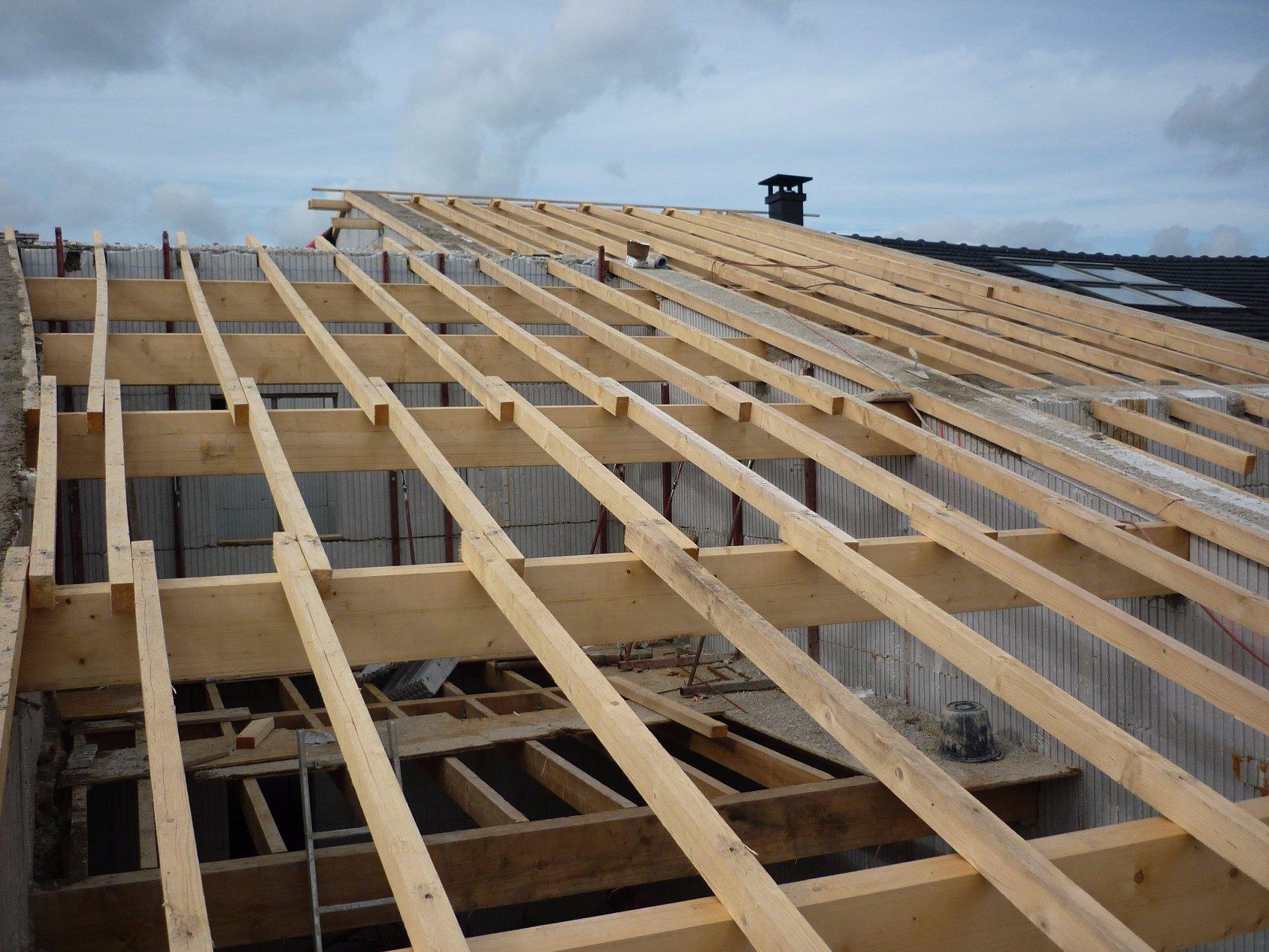 charpente couvr 39 toit. Black Bedroom Furniture Sets. Home Design Ideas